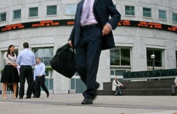 أسواق المال الأوروبية تفتتح معاملاتها بارتفاع طفيف