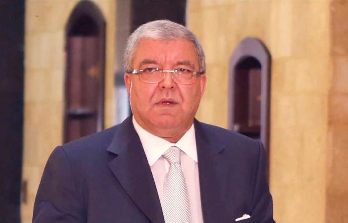 المشنوق: نتطلع إلى يوم يصبح فيه السلاح غير الشرعي بأمرة الدولة