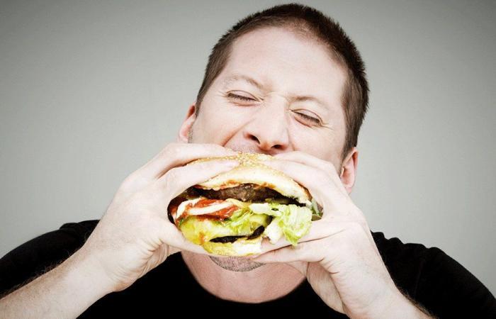 ما علاقة الأكل بسرعة وزيادة الوزن؟