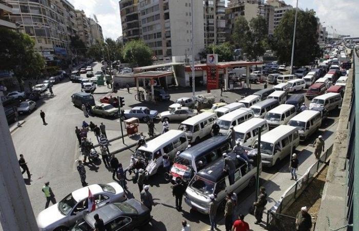 """تأجيل إضراب """"النقل البري"""" إلى ما بعد لقاء الحريري"""