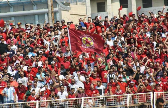 بالصورة: تحيّة للنجمة من ملعب برشلونة!