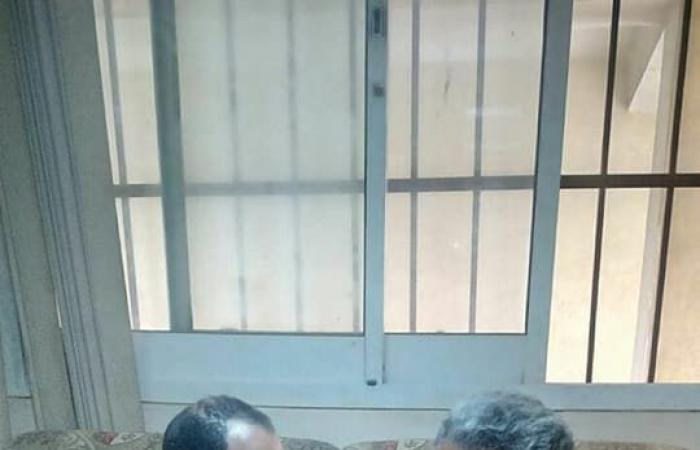 ترك عمله بسكك حديد مصر.. فافترش رصيف القطار 25 عاماً