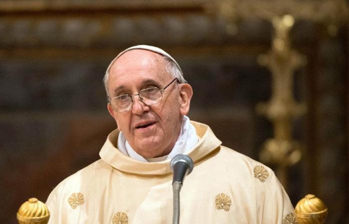 البابا فرنسيس لمطارنة الروم الكاثوليك: كونوا أفضل رعاة لأبناء الكنيسة