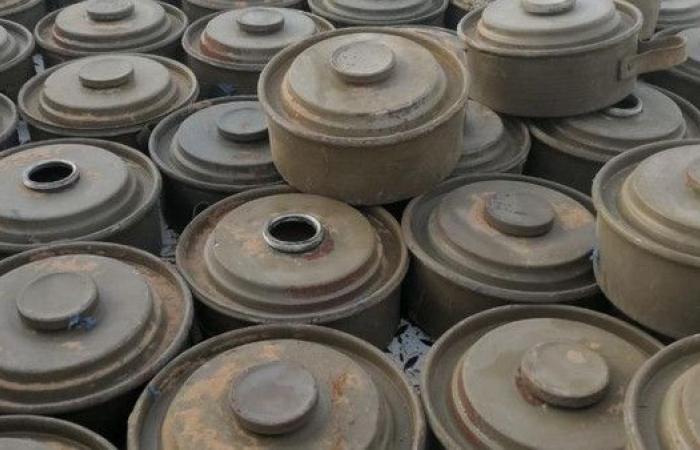 بالصور.. أكثر من 5000 لغم نزعها الجيش اليمني من البقع