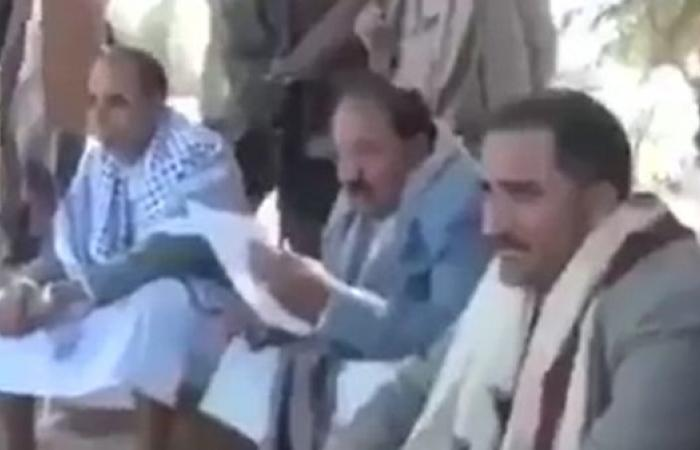 محافظ حوثي لمدراء المديريات: التجنيد أو الاستقالة