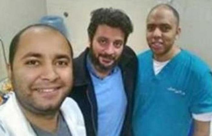 إقالة مدير مستشفى بمصر.. طبيب الجينز أغضب مساعد الوزير