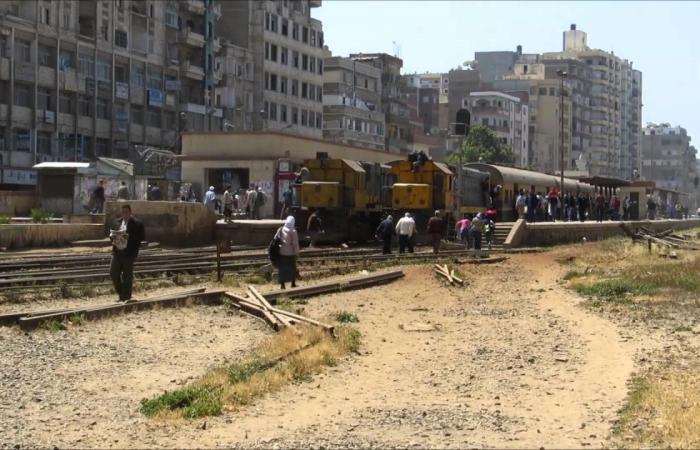 """بعد قرن ونصف.. تطوير """"تاريخي"""" بالسكك الحديدية بمصر!"""