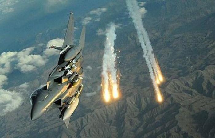 التحالف يدمر منصة صواريخ ومركز قيادة للحوثيين في صنعاء