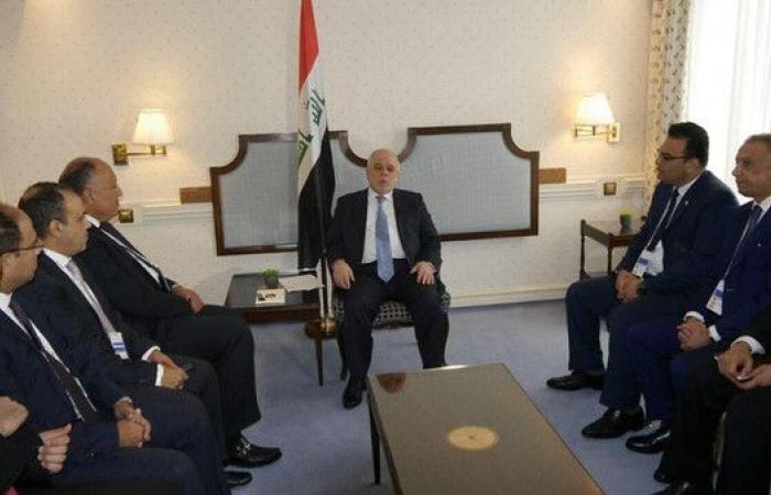 شكري يبحث مع العبادي مساهمة مصر في إعمار العراق