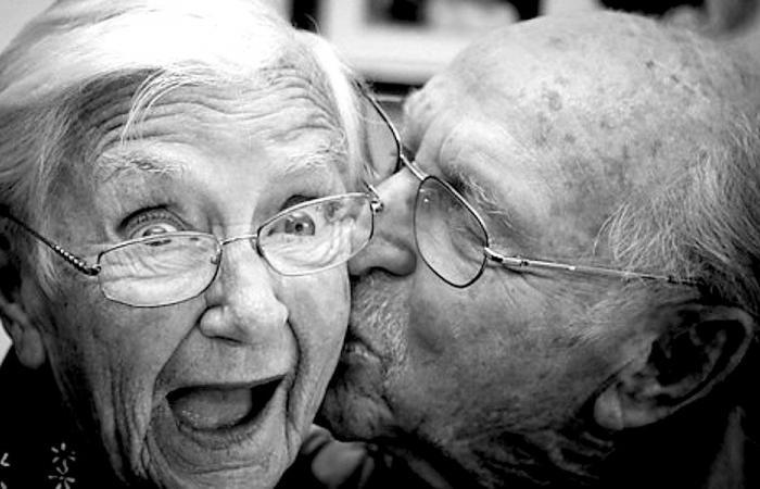"""علماء يكشفون سر """"العمر الطويل"""""""