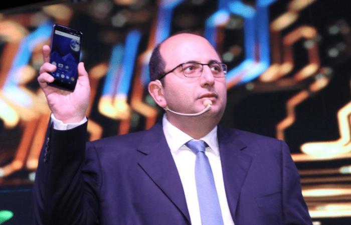 SICO تعلن عن أول هاتف ذكي مصري الصنع