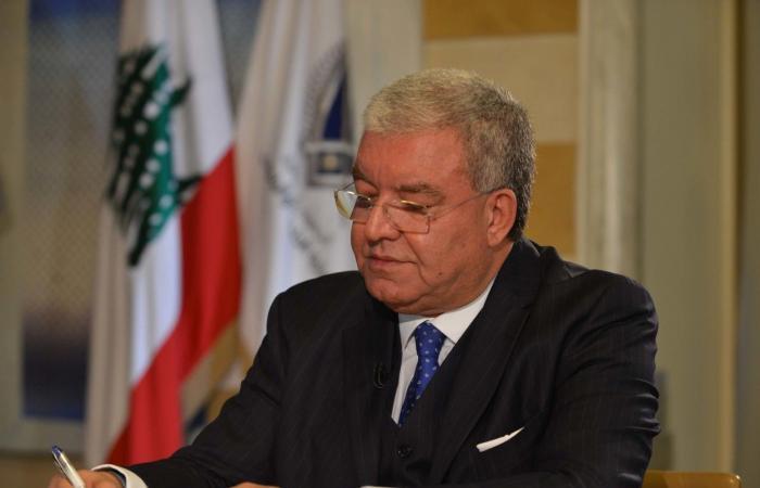 المشنوق أكّد للأحمد دعم لبنان لمحاصرة تداعيات قرار ترامب