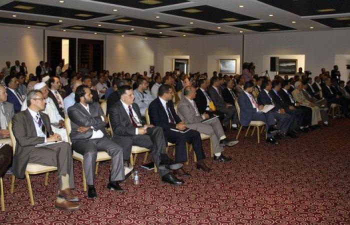 ليبيا.. بعض نواب برقة يرفضون قرار الاستفتاء على الدستور