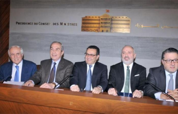 تعويل على مؤتمر باريس لإخراج الاقتصاد اللبناني من التباطؤ