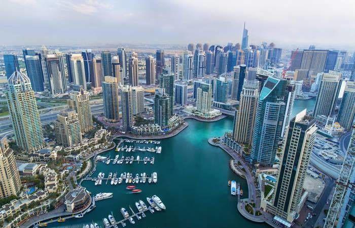 الرقم سيفاجئكم.. كم يكسب المتسوّلون في دبي شهريًا؟