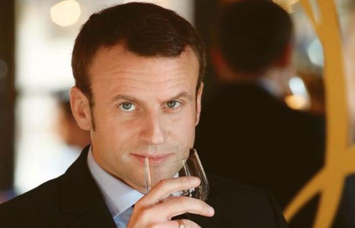 ماكرون: أنا شخصيا أشرب النبيذ ليلاً ونهاراً