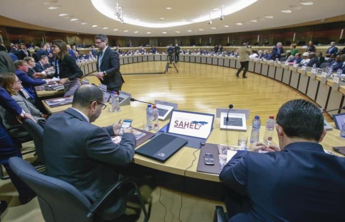 مؤتمر دولي لتمويل قوة لمحاربة الإرهاب بالساحل