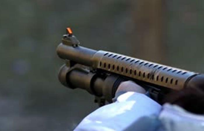 سلبه بواسطة بندقية بومب أكشن.. في الضبية