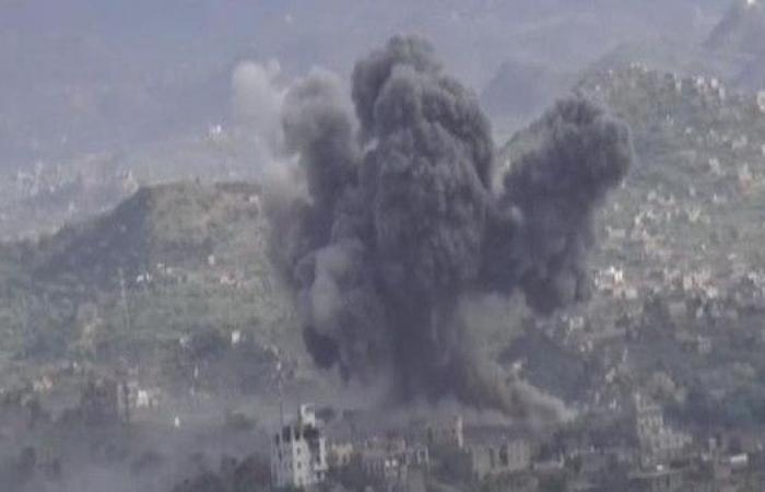 مقاتلات التحالف تقصف الحوثيين في 4 محافظات يمنية