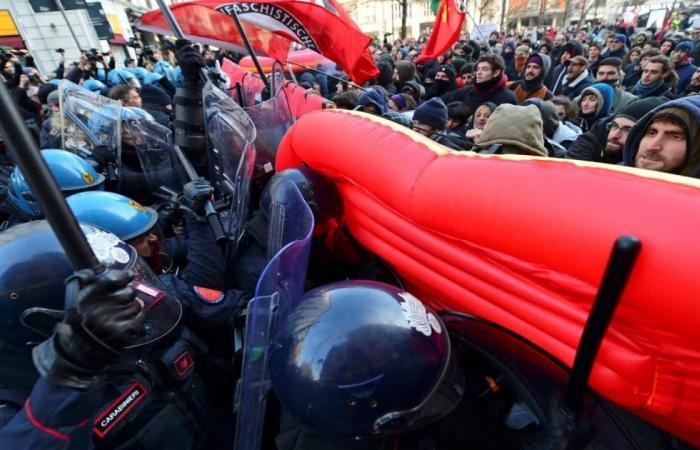 احتجاجات على نمو المشاعر الفاشية بروما