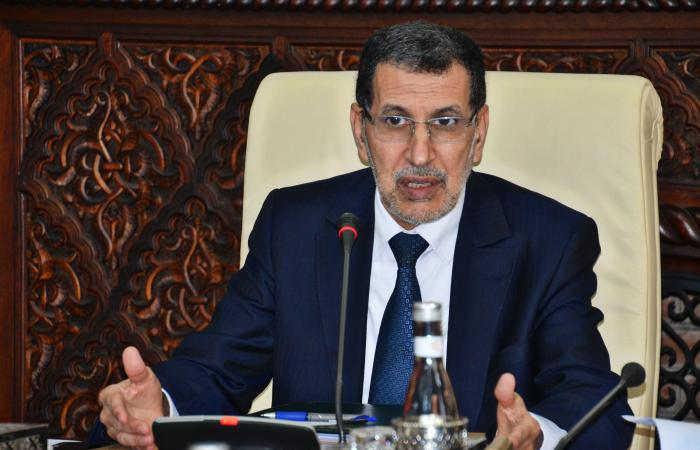 العثماني يكشف أن العاهل المغربي بصحة جيدة