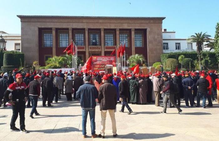 المغرب يتجه للإبقاء على تقاعد النواب رغم مطالب بإلغائه