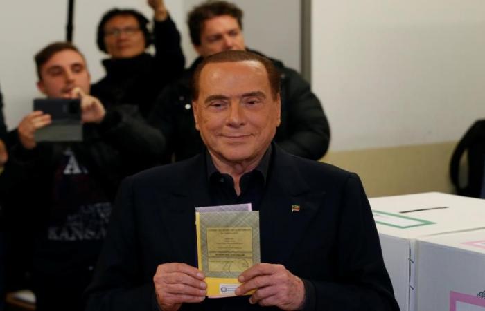 احتدام المنافسة بالانتخابات البرلمانية الإيطالية