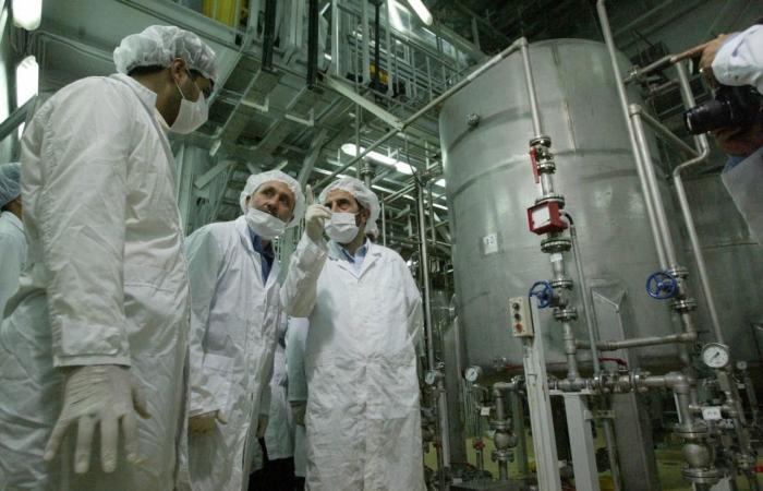 إيران تبني مفاعلات نووية للسفن