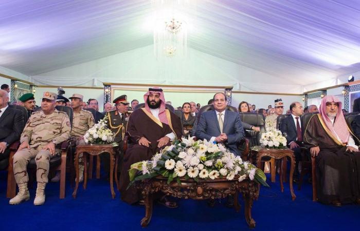 السيسي ومحمد بن سلمان يتفقدان مشروعات بقناة السويس