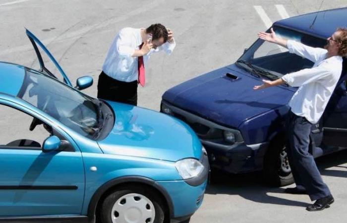 """فضائح """"مرورية"""" في لبنان: الدولة متورطة.. وهذا ما يحصل على الطرقات!"""