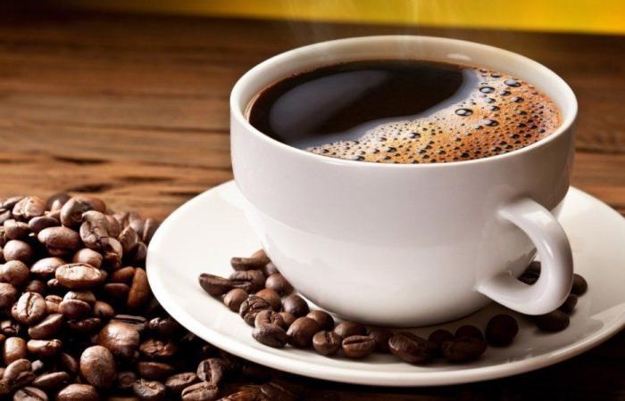 ما الكمية الصحية من القهوة يومياً؟