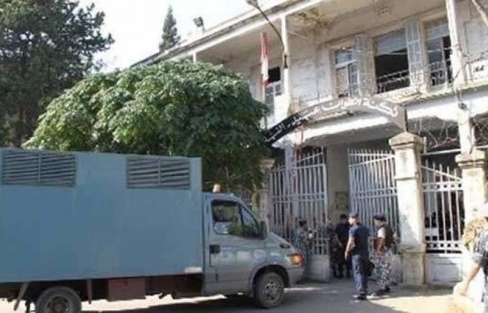 300 سجين في القبّة بدأوا الإضراب عن الطّعام