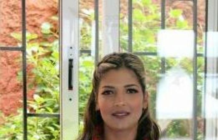 سناء معطاط... عاملة نظافة مغربية تتوّج ملكة للجمال