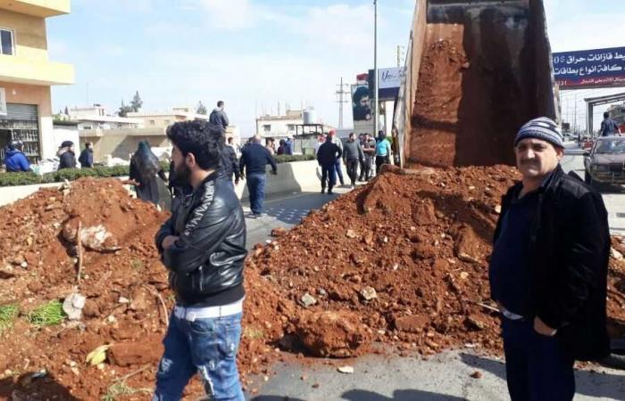 بالصور: قُتل خلال مداهمة في بريتال.. فاحتج الأهالي وقطعوا الطريق