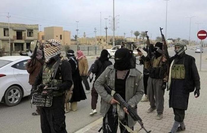 """العراق.. تحذير برلماني من اجتياح """"داعش"""" سامراء"""