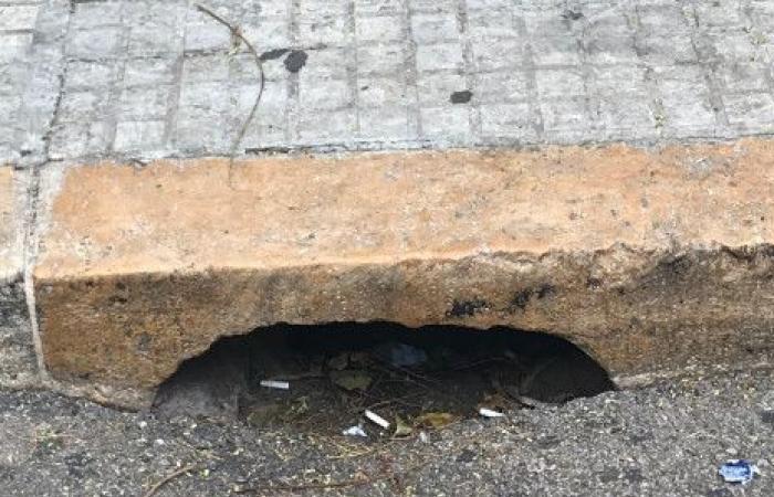 بالصورة.. الحجر الصخري الذي يجري استبداله في بيروت!