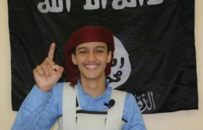 هذا هو الانتحاري منفذ الهجوم الإرهابي في عدن