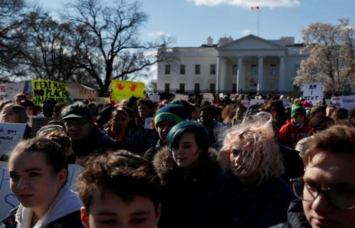 طلاب أميركا لتجار السلاح: لا نريد الموت بمدارسنا