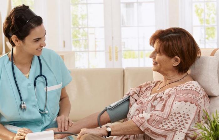 خدمة أطباء تحت الطلب تنطلق في دبي