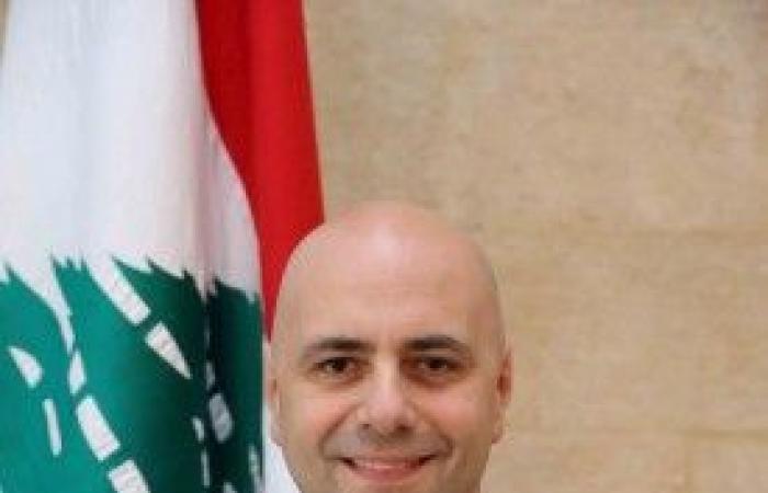 حاصباني يوعز بفتح تحقيق بولادة أم سورية بالسيارة في طرابلس