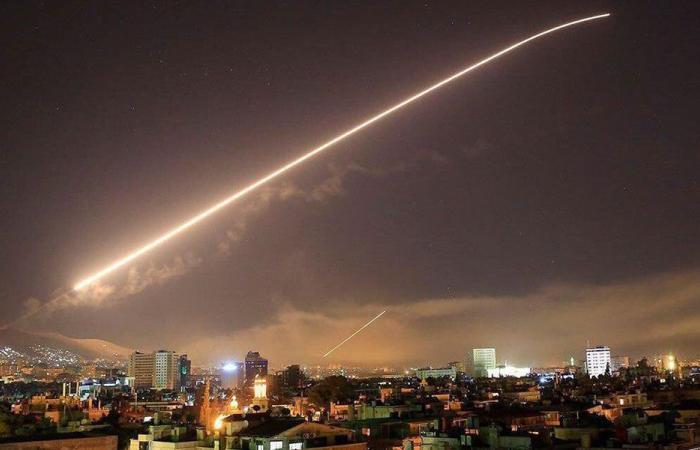 مسؤولون لبنانيون يدينون الهجمات على سوريا