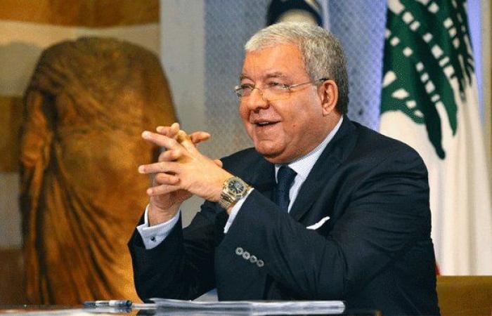 المشنوق وقع قرار تحديد أقلام الاقتراع لانتخابات 2018