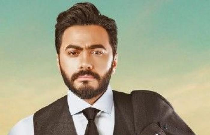 بعد الاعتداء على الصحافيين.. تامر حسني يوضّح