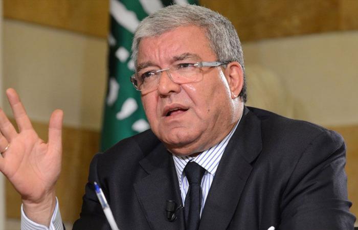 المشنوق: لن نتهاون مع أي مخالفة