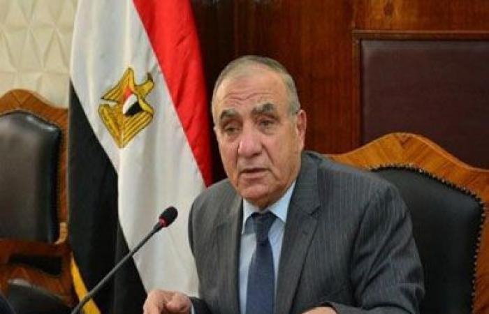 الجندى: القاهرة لم تغرق فى شبر ميه.. ودول العالم تتعرض لسيول