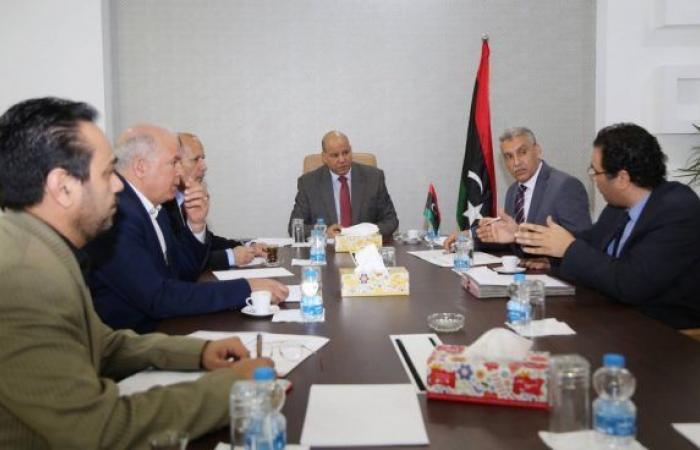 المجبري يُناقش الصعوبات التي تعيق عمل الرئاسي وديوان مجلس الوزراء