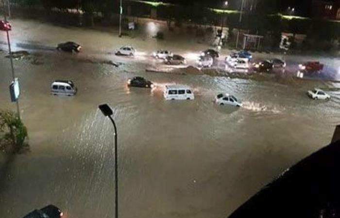 «الوزراء» يكشف سبب تراكم المياه في شوارع القاهرة الجديدة