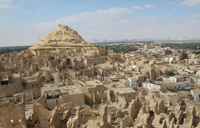 «الآثار» توافق على توثيق وترميم قرية شالي الأثرية بواحة سيوة