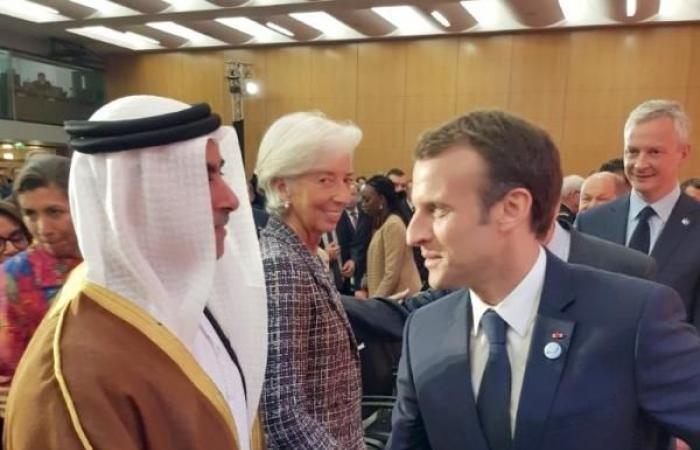 سيف بن زايد يشارك في مؤتمر باريس لمكافحة تمويل الإرهاب