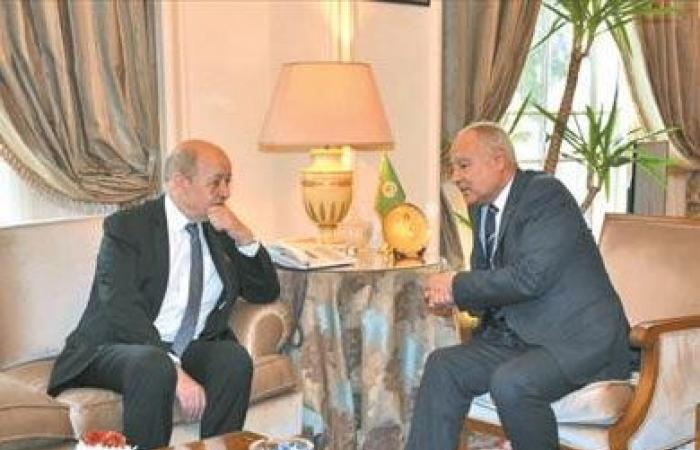 أبو الغيط يطالب فرنسا بمساندة الشعب الفلسطينى